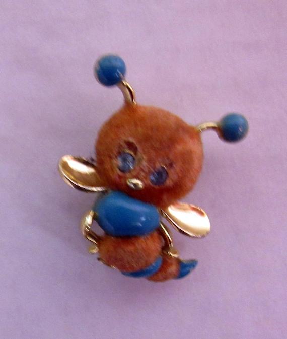 Vintage Bumblebee  brooch