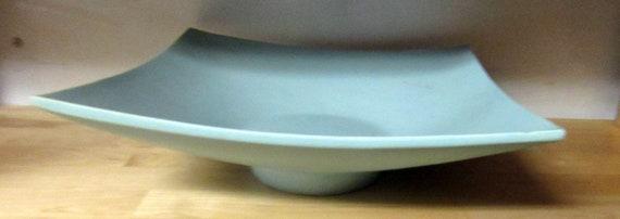 Asian Art pottery blue bowl