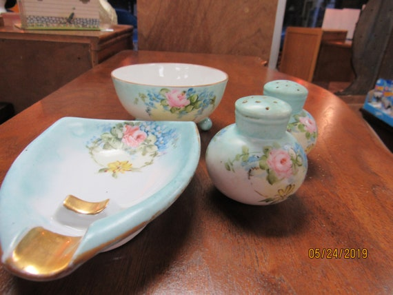 Czechoslovakia salt & pepper shakers, footed bowl and spoon rest