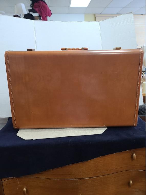 Vintage Maximillion suitcase