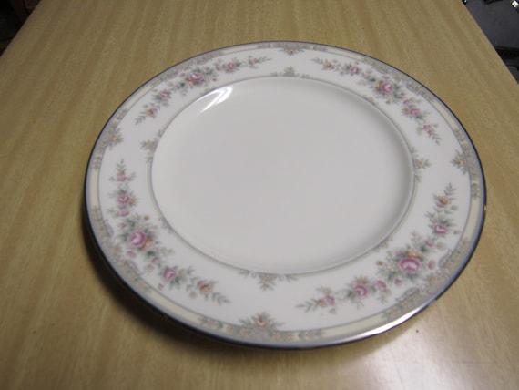 Noritake bone china Shenandoah pattern 60 Pieces