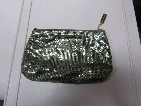 Whiting Davis mesh zipper handbag
