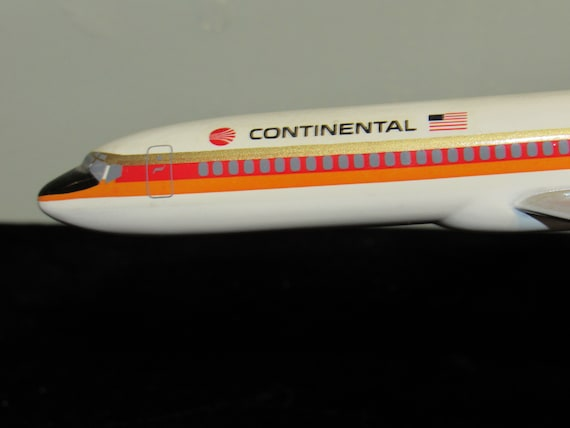 Continental Airlines Model Plane