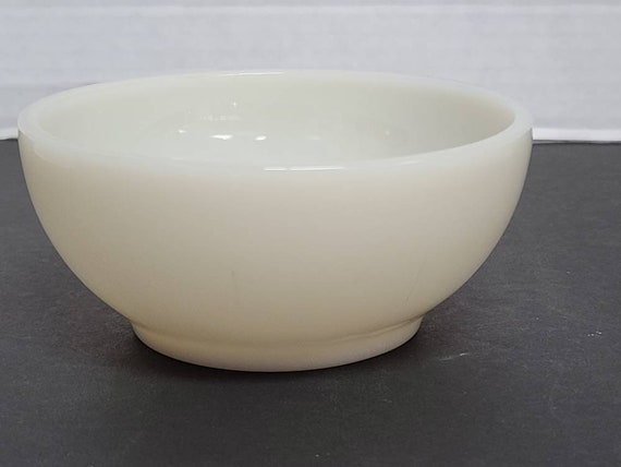 Fire King Ivory bowl