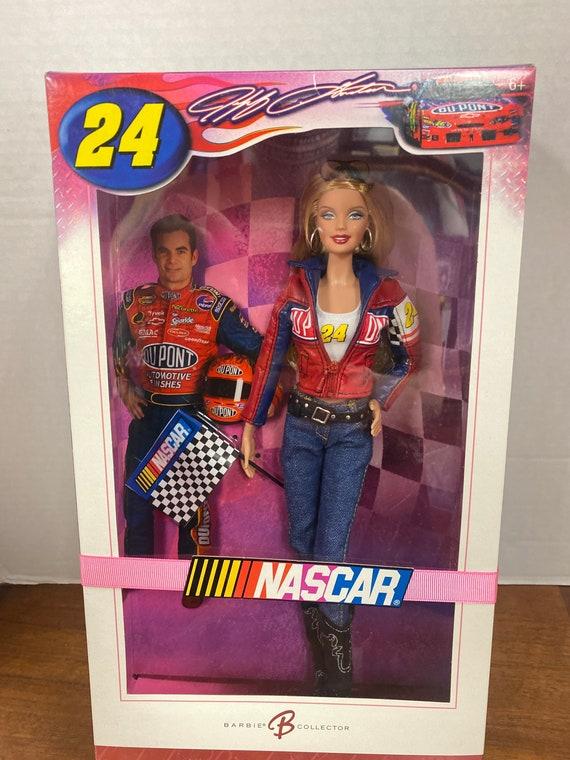 Barbie Nascar  MIB
