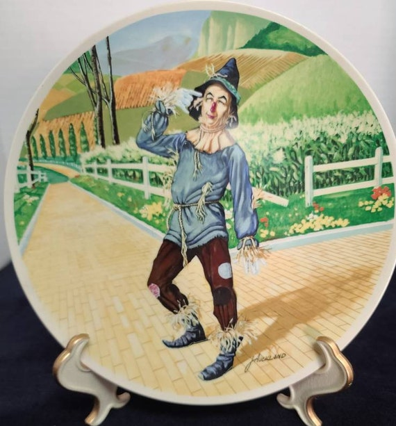Wizard of Oz Plate Scarecrow