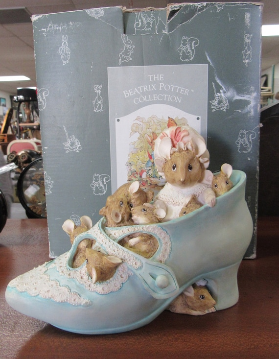 Beatrix Potter Bank shoe with box