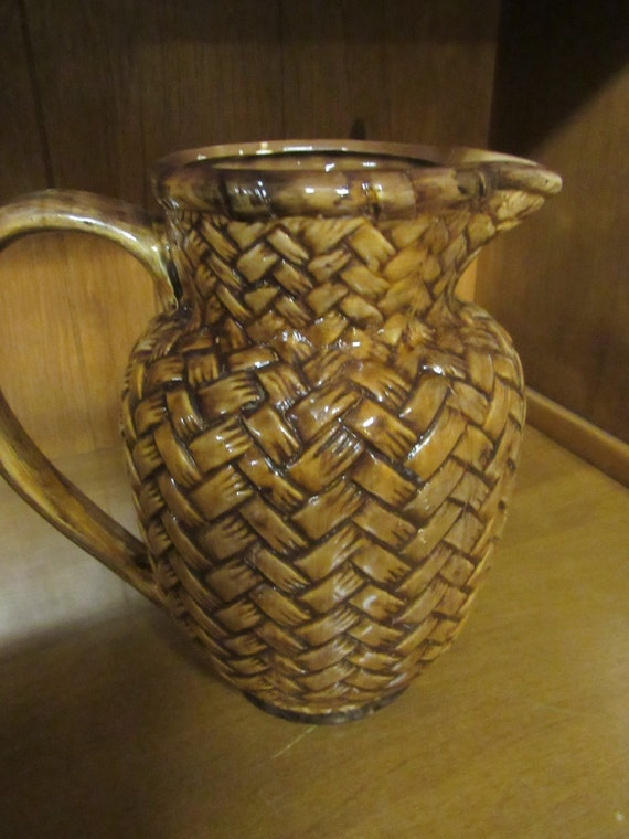 Centrum Caravan Pitcher by Nanette Vacher