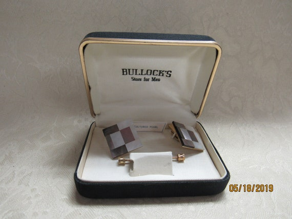 Vintage cufflinks and tie clasp mother of pearl
