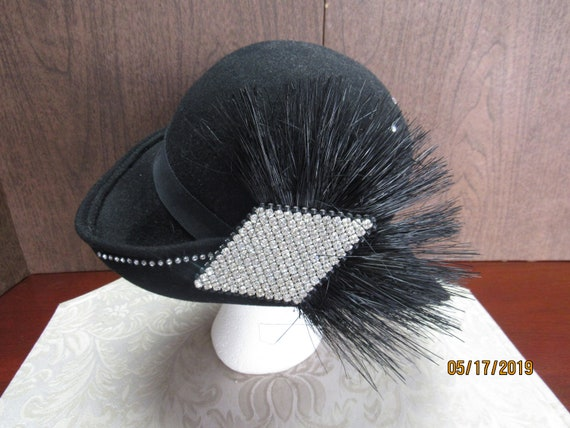 Vintage black cloche hat