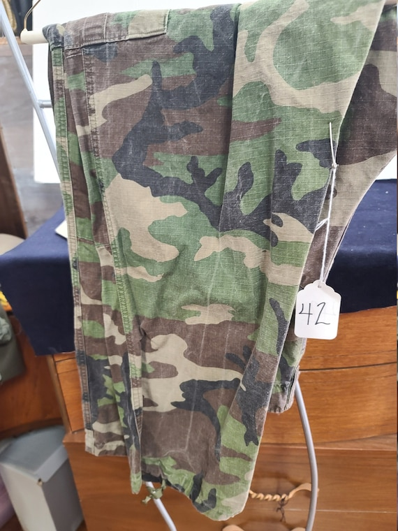 Military camouflage cargo pants