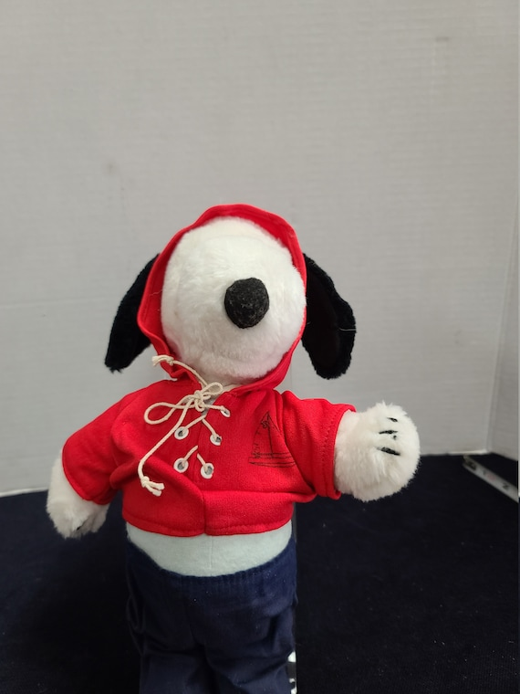 Snoopy plush toy United Features Syndicate