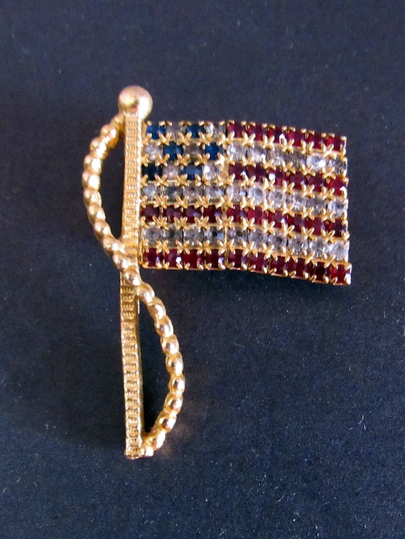 Flag rhinestone brooch