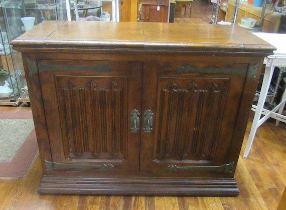 Henredon Bar or server buffet