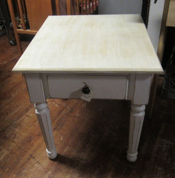 White end table or night stand