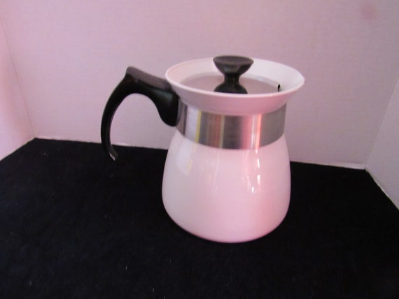 Corning Ware Cookmates 7 cup coffee or teapot