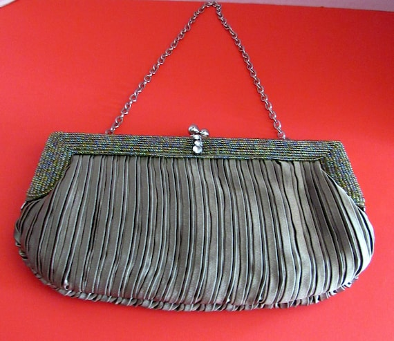 Evening bag olive green with chain