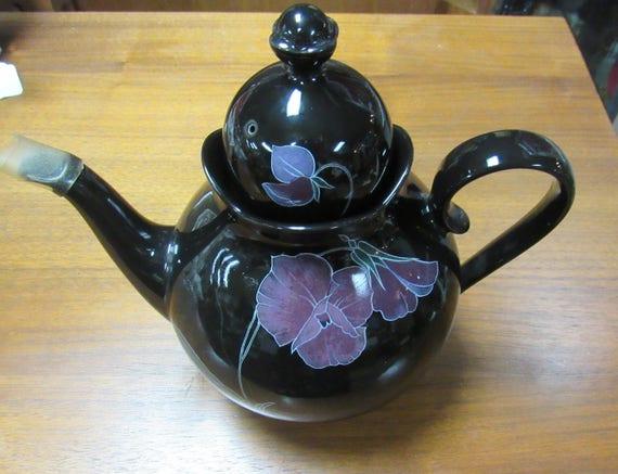 Mikasa Tango Teapot