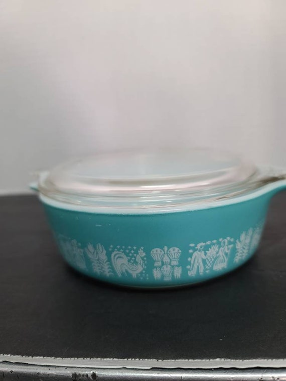 Pyrex Amish butter print #471 casserole and lid