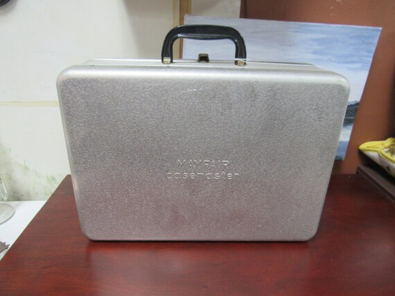 Mayfair Aluminum Casemaster carrying case