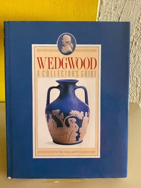 Antique reference book Wedgwood A Collector's Guide