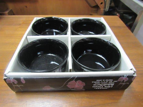 Mikasa Tango Baking cups in original box