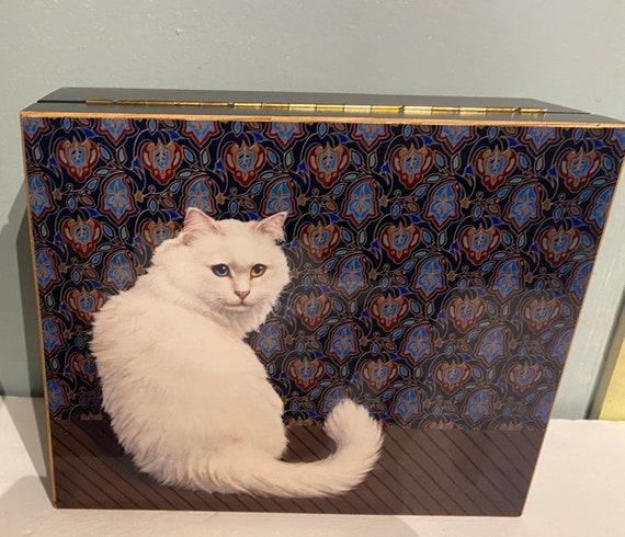 Jewelry Box White Cat design, never used