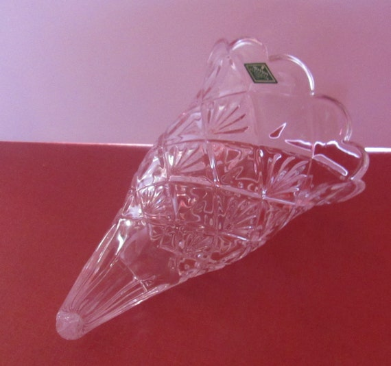 Lead crystal cornucopia