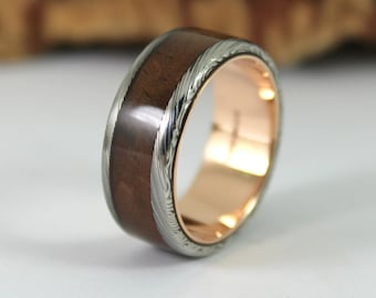 Rose Gold & Damascus Steel Ring with Walnut Inlay - Mens Wedding Band - Mens Gold Ring - Bentwood Ring - Wood Ring For Men