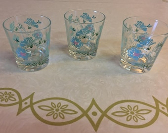 Vintage Taylor, Smith and Taylor Boutonniere Rock Drinkware