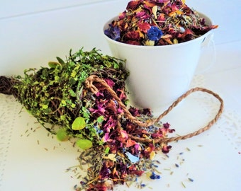 GARDEN WEDDING, Petal Confetti, Ecofriendly Wedding, Rose Petals & Wedding Herbs, biodegradable petals, for fairy tale endings