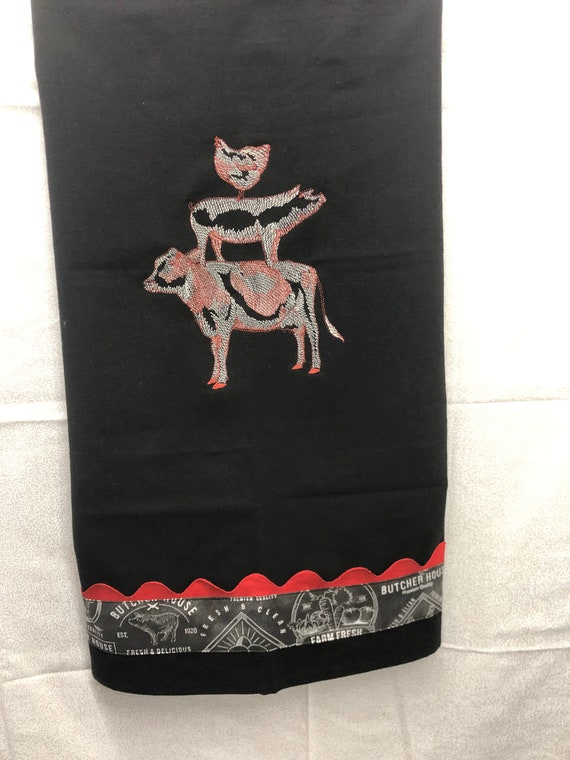 Black and Red TeaTowel WIth Stacked Pig Cow And Chicken