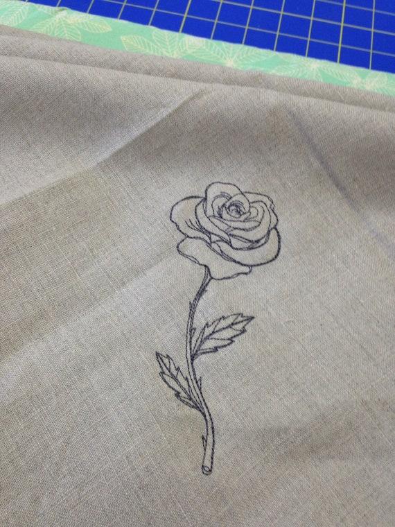 Linen napkin with rose design