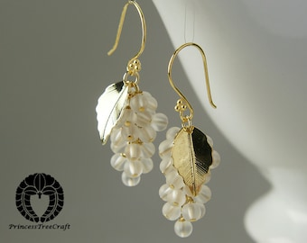 Frosted rock crystal grapes earrings