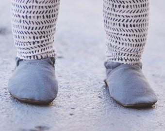 Grey Canvas Baby Shoes // Solid Gray, Infant Shoes, Baby Booties, Baby Moccasins, Crib Shoes, Baby Boy Girl Shoes, Gender Neutral Moccs,