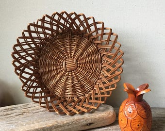Round Wicker Basket | Vintage Wicker Bread Basket | Wicker Fruit Basket | Storage Basket | Home Organization | Home Decor