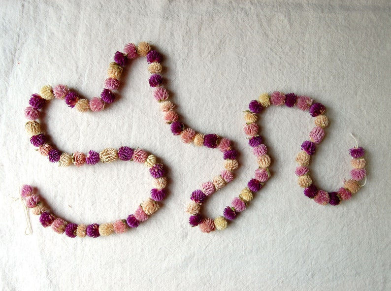 Real Flower Garland Dried Gomphrena Chain flower chain wall image 0