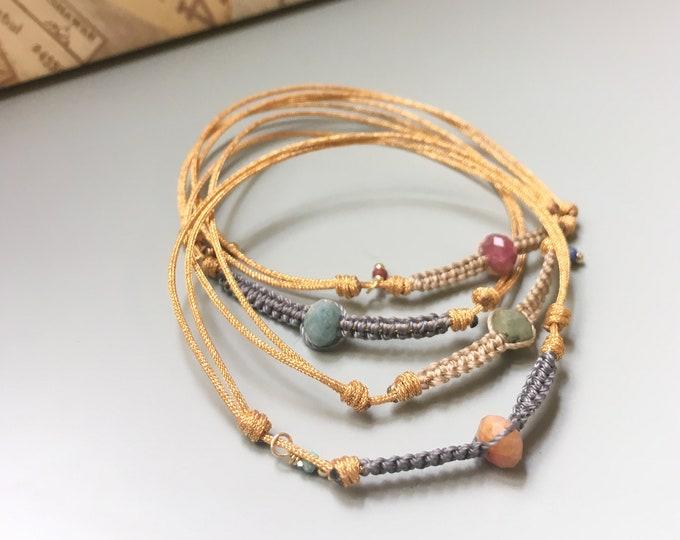 Pulsera FORMOSA/Turmalina y Macramé/cordón.