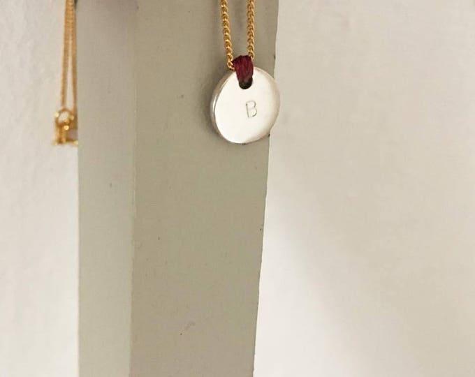 Collar SEI/disco de plata de ley/ cadena chapada/ nudo/iniciales estampadas /regalo bonito.