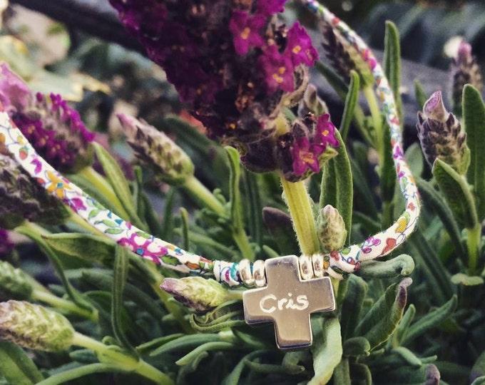 Collar HOPE con Cruz de Plata/ Cordón de flores