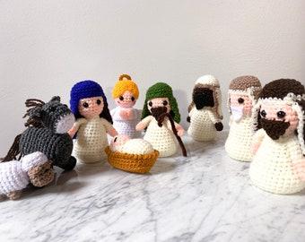 Crochet Nativity 9 piece set/made in Mexico/amigurumi