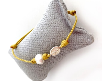 Mini Miraculous Lady Medal and Pearl Bracelet/ color cord.