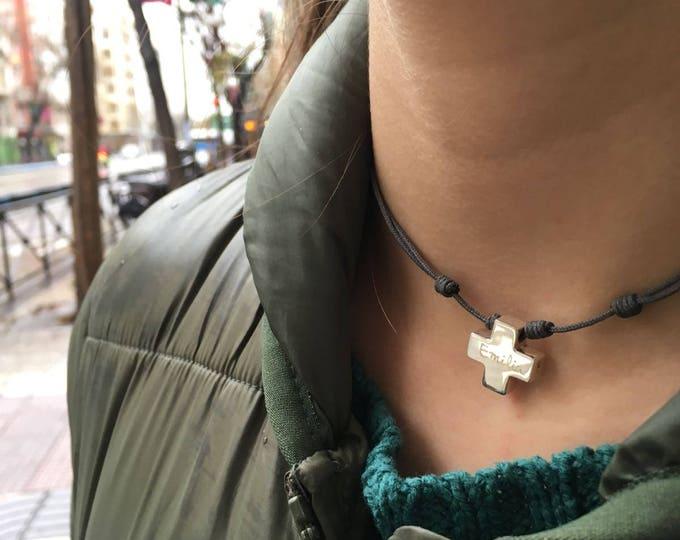 Collar Cruz para Niña con Plata y Cordón/HOPE.