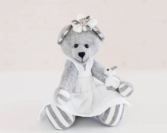 Memory bear - Classic teddy bear - Handmade teddy bear made of natural linen - Keepsake teddy bear - Easter gift - Christening gift