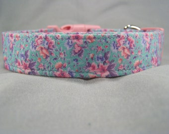 Pink Dog Collar Pretty pink Flowers on Blue