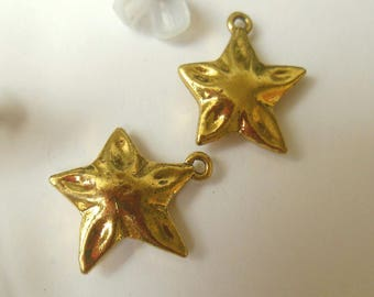 set of 2 charm shaped brass star