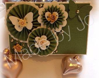 Gift card holder with rosettes. Digital file