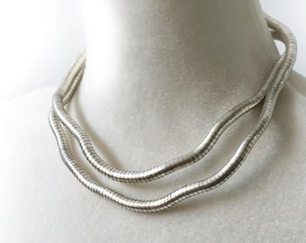 ON VACATION, vintage jewelry Ethnic 80s necklace Long Thin Snake Necklace or Bracelet, Bohemian boho Tribal Unique Silver Metal Bead
