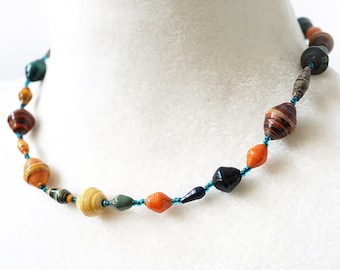 ON VACATION, Mixed Colors Paper Bead Necklace, Bohemian Jewelry, Vintage 1970s Necklace, Boho Bib Necklace Tribal Rustic Ethnic