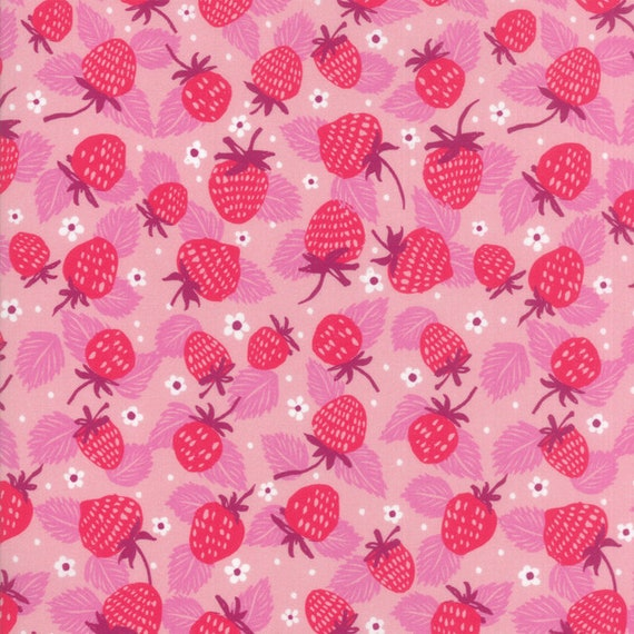 Strawberry Field On Pink, Digital Quilt Prints Crystal Manning by Moda, Fabric by the Yard 11832 13
